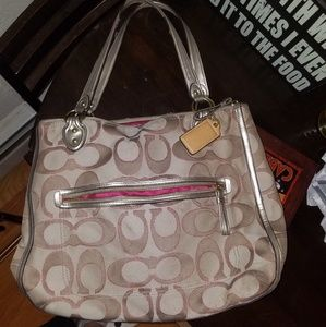 Coach bag, shoulder bag, beige with logos.